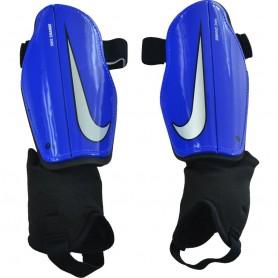 Nike Charge JR futbola kāju aizsargi